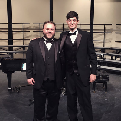 Image of Kansas City voice teacher Joshua Lawlor with a voice lessons student